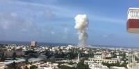 Napad u Mogadišu - Gradom odjekuju eksplozije, dim iznad aerodroma